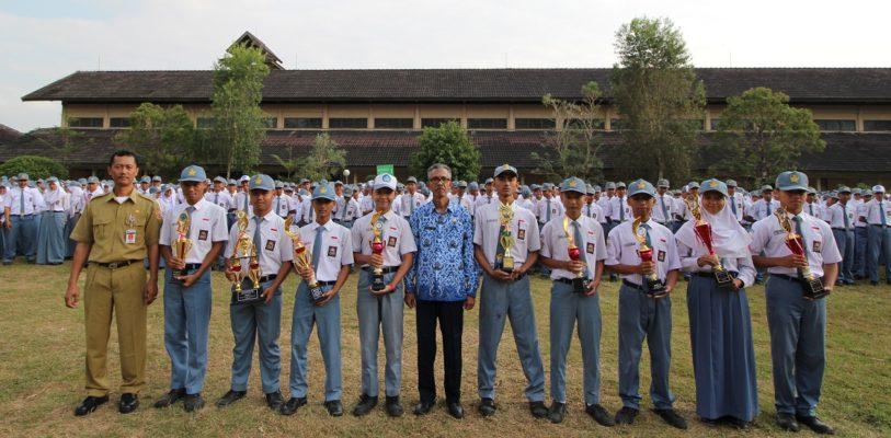 3 Siswa SMK Negeri 1 Gombong Melaju ke Tingkat Provinsi Jawa Tengah pada LKS Tahun 2017