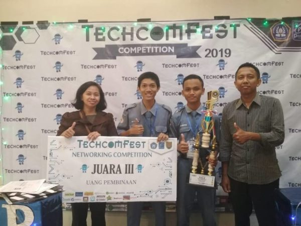 Juara 3 Network Competition Techcomfest 2019