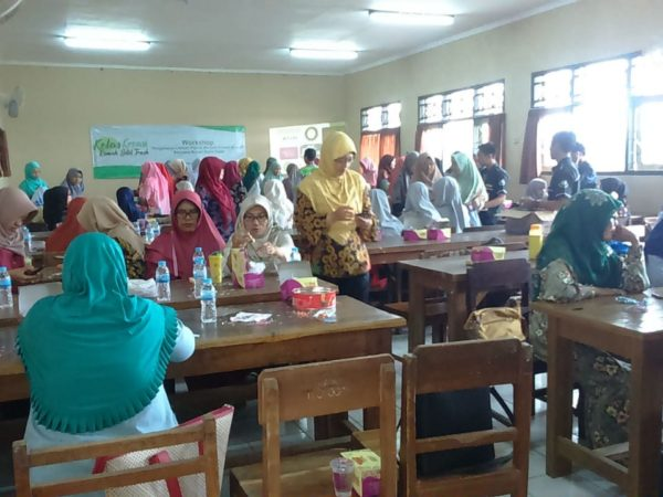 Workshop Produk Kreatif