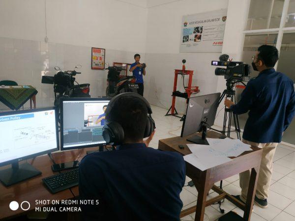 SMK Negeri 1 Gombong Mengikuti Kontes Kreativitas Pembelajaran Guru Online 2021 Astra Honda Motor